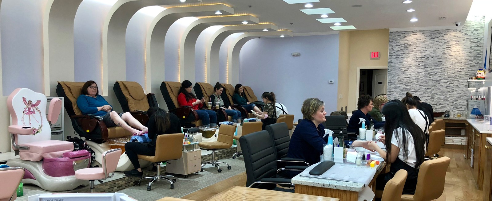 Smiley Nails - Mt. Prospect\'s Luxury Nail Salon & Spa